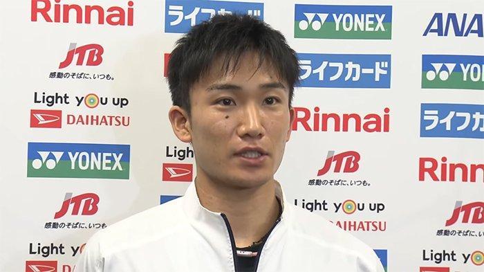 Kento Momota (25) pemain Jepang dari klub NTT Higashi Nihon saat ini (Januari 2020) sebagai pemain tunggal bulutangkis No.1 di dunia.