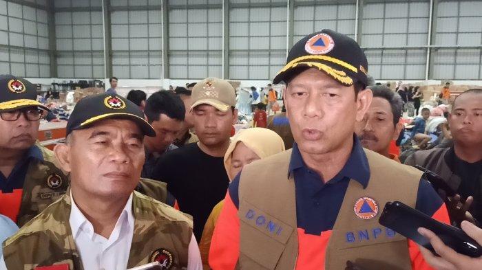 BNPB dan Dewan Masjid Indonesia Ajak Umat Muslim Bawa Sajadah Sendiri untuk Cegah Virus Corona