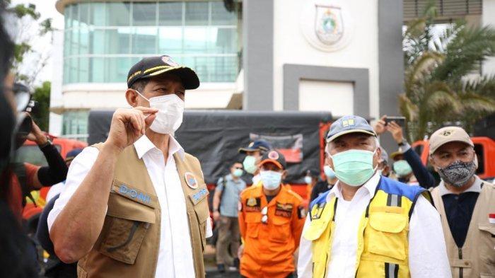 Kepala BNPB, Doni Monardo mengunjungi lokasi gempa di Sulawesi Barat.