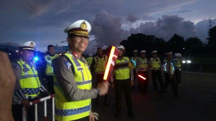 Kakorlantas Pimpin Langsung Pengamanan Arus Lalu Lintas di Jalur Puncak Jelang Malam Tahun Baru