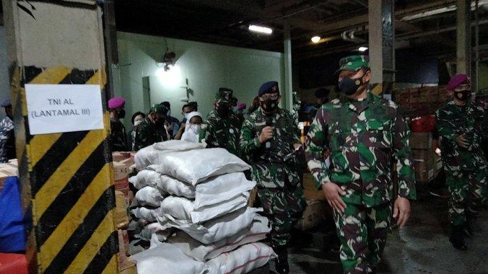TNI AL Siagakan KRI Rumah Sakit Semarang untuk Bantu Korban Bencana Alam di NTT