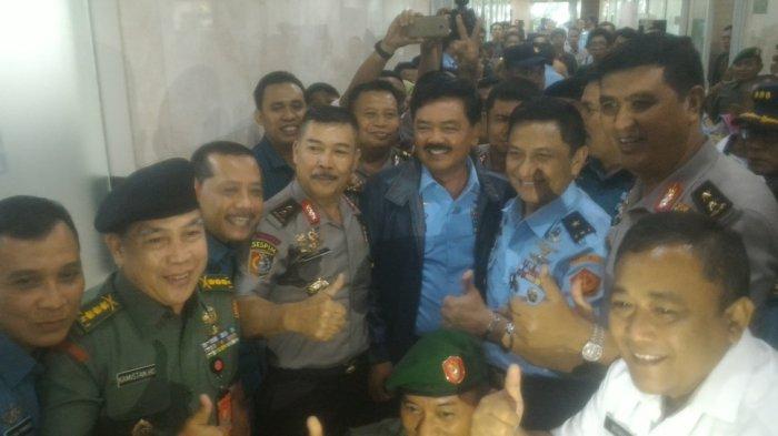 Hadi Tjahjanto Disetujui Sebagai Panglima TNI, Teriakan