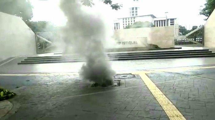 Viral Kepulan Asap Dekat Masjid Istiqlal, Polisi: Tidak Ada Ledakan, PLN: Ada Upaya Pencurian Kabel
