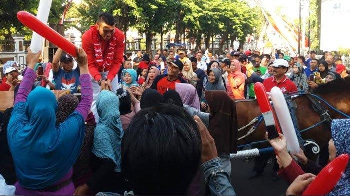 Pulang Kampung, Peraih Medali Asian Games 2018 Pratu Jefry Ardianto Disambut Ribuan Warga