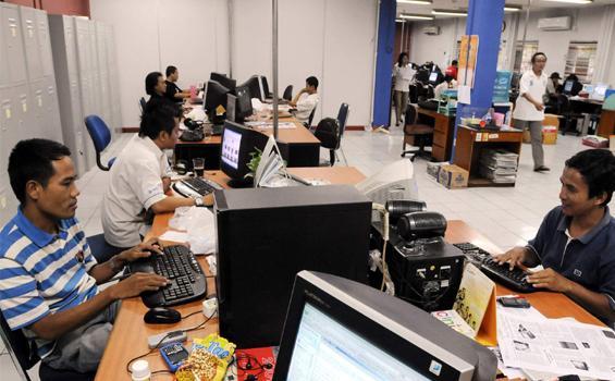 Kebiasaan Baru Bekerja di Masa New Normal, Bawa Baju Ganti hingga Atur Jarak dengan Karyawan Lain