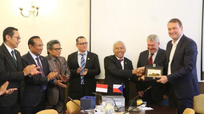 Kunjungan Parlemen Indonesia ke Parlemen Ceko, Tingkatkan Kerjasama Bilateral