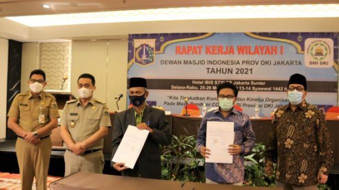 Pemprov DKI Salurkan Bantuan Operasional Tempat Ibadah ke 5.200 Masjid dan Musala