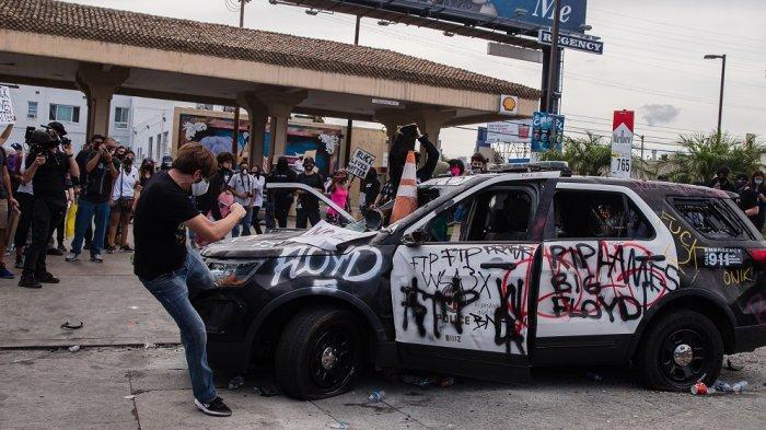 Deretan Selebriti Hollywood yang Turun ke Jalan untuk Ikut Demo Terkait Kematian George Floyd