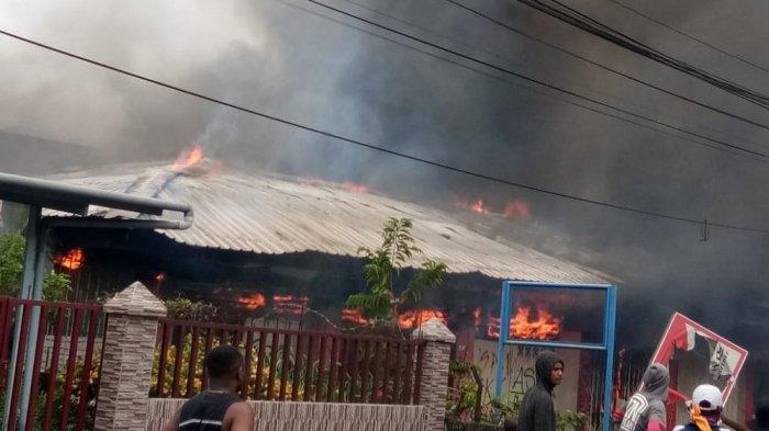 Kerusuhan di Manokwari, Papua Barat, Senin (19/8/2019).