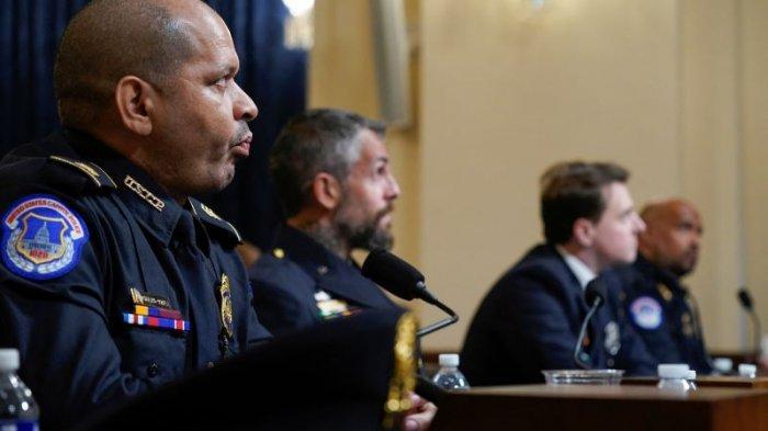 KESAKSIAN Polisi Saat Kerusuhan di Capitol AS: Dipukul, Ditangkap, Ditusuk, Senjata Direbut Perusuh