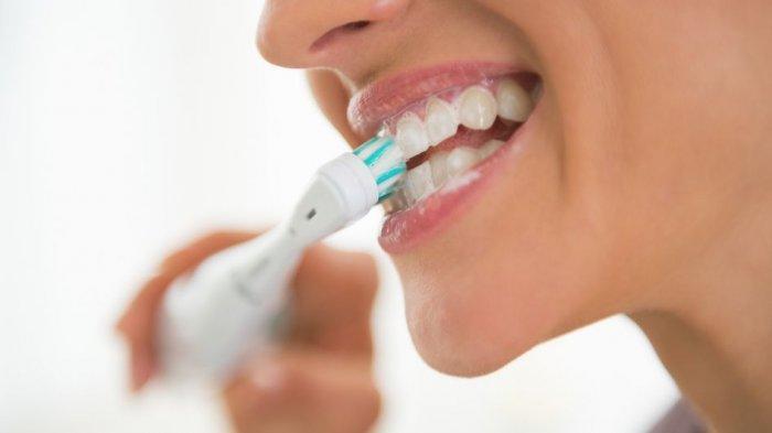 Selain Tak Bersihkan Lidah, Ini 5 Kebiasaan yang Salah saat Sikat Gigi