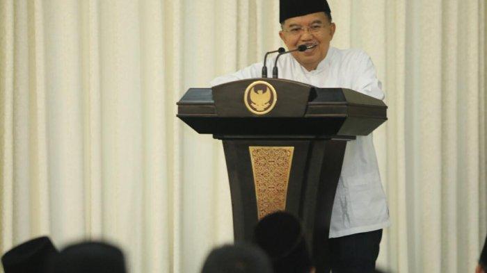 Jusuf Kalla: Kehadiran Relawan PMI Diharapkan dapat Membantu Kebutuhan Pemudik
