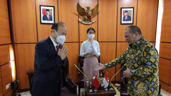 Bertemu Dubes Tiongkok, Ketua DPD RI Berharap Vaksin Sinovac Bersertifikat WHO