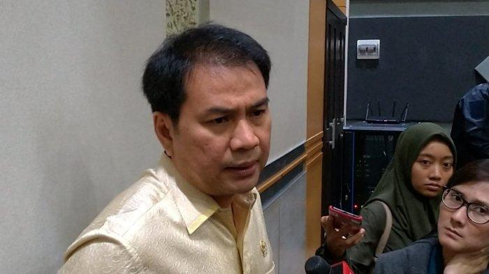 Aziz Syamsuddin: New Normal, Masyarakat Dapat Patuhi Protokol Kesehatan