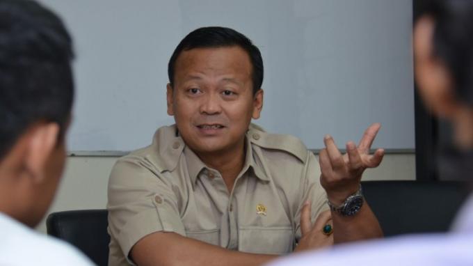 Ketua Komisi IV DPR RI Edhy Prabowo saat memimpin Kunjungan Kerja Spesifik Panja Hak Guna Usaha (HGU) dan Alih Fungsi Kawasan Hutan ke Perkebunan Cikole Lembang, Bandung baru-baru ini.