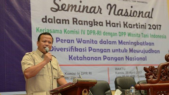 Ketua Komisi IV DPR RI Edhy Prabowo membuka secara resmi Seminar Nasional dalam rangka Hari Kartini 2017, Kamis (20/04/2017). (dok DPR)