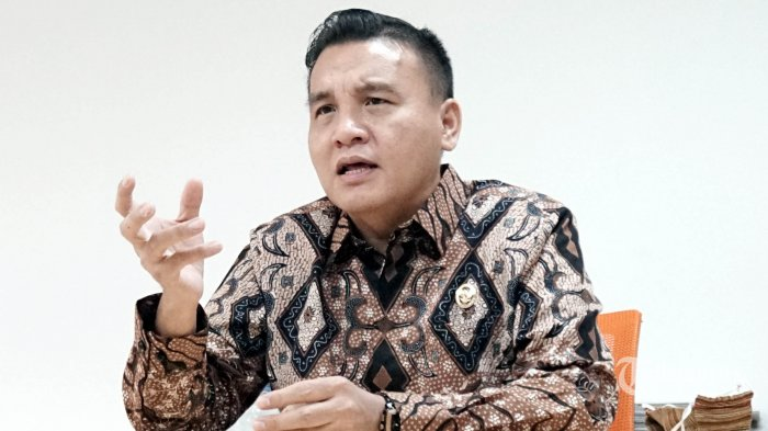 Ketua Komjak Barita Simanjuntak, Pengawas Jaksa Nakal: Pejabat Eselon IV kok Bisa Ketemu Buron Kakap