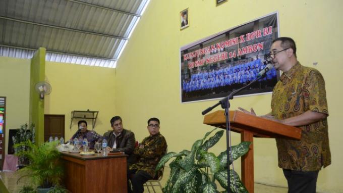 Wakil Ketua Komisi X DPR Anjurkan Pemerintah Kaji Kembali Kurikulum 2013