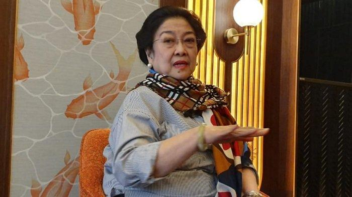 Ketua Umum PDI Perjuangan Megawati Soekarnoputri saat menjawab pertanyaan wartawan di Beijing, Rabu (10/7/2019). / Istimewa