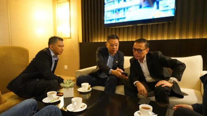 Ketua Umum PSSI Iwan Bule Bertemu Presiden AFF di Malaysia Bahas Hal Ini