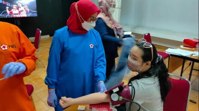 KG Media Bersama PMI Mengadakan Kegiatan Donor Plasma Konvalesen