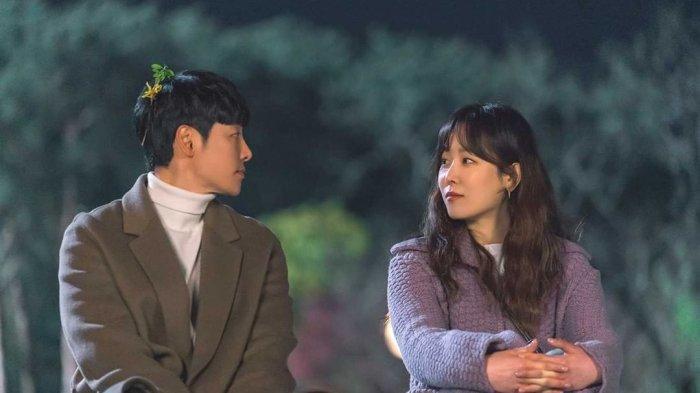 Kim Dong Wook dan Seo Hyun Jin dalam Drama Korea You Are My Spring.