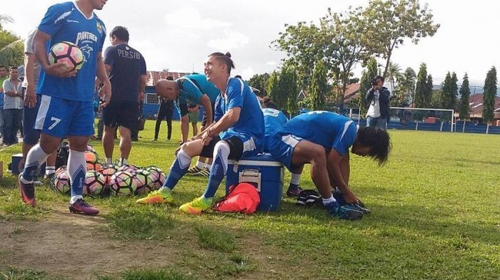 Persib Bandung Akan Tetap Bermarkas di Stadion GBLA