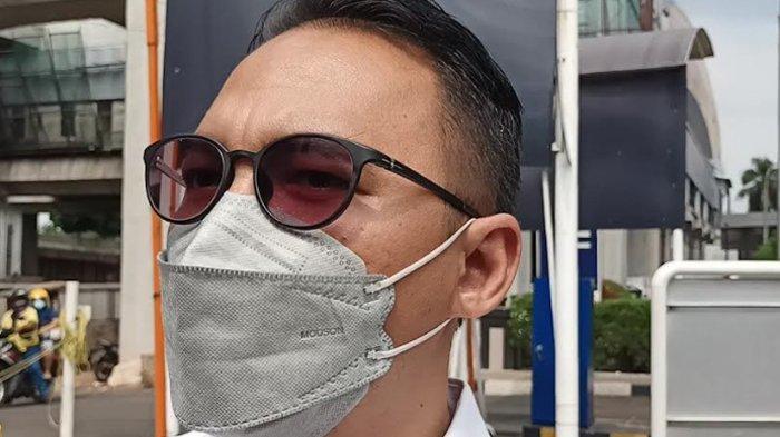 Manajer Tukul Arwana, Rizki Kimon saat ditemui di RS PON, Cawang, Jakarta Timur