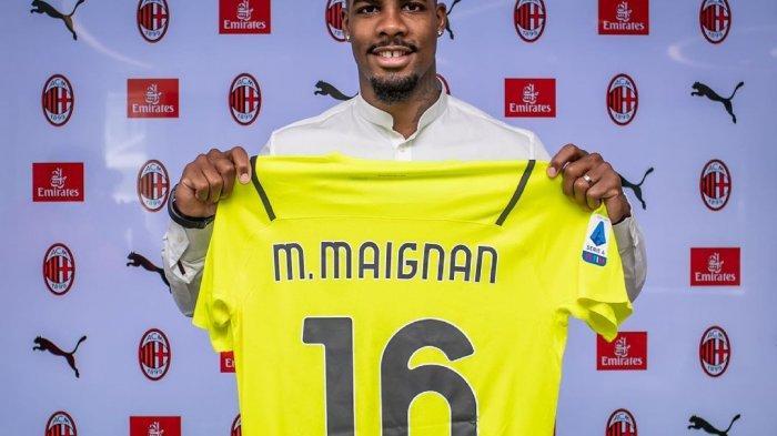 Kiper Anyar AC Milan Mike Maignan kenakan nomor punggung 16