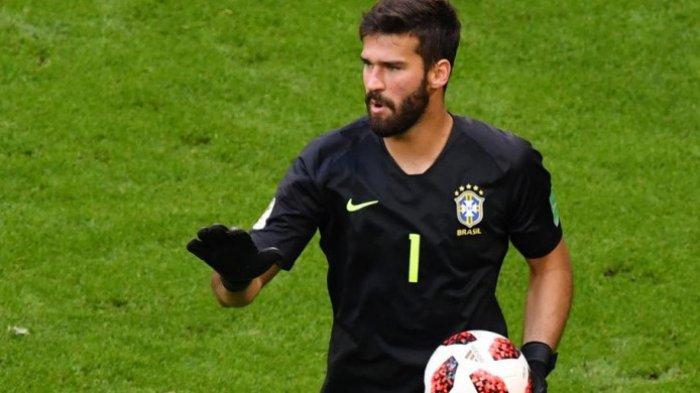 Kiper Timnas Brasil dan Liverpool Belum Kebobolan Selama 756 Menit