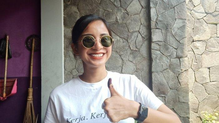 Kirana Larasati saat ditemui sesuai mencoblos, Rabu (17/4/2019),  TPS 04 Sukagalih, Sukajadi, Bandung