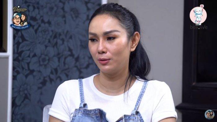Kisruh perkawinan Kalina Oktarani dan Vicky Prasetyo semakin kencang setelah mereka berpisah rumah.