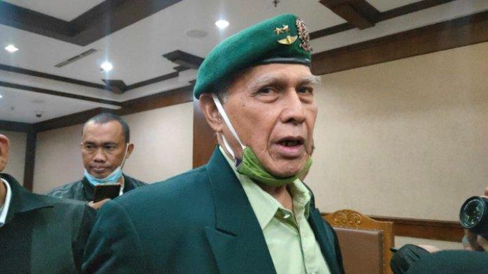 Kivlan Zen di Pengadilan Negeri Jakarta Pusat, Jumat (24/9/2021) saat sidangkepemilikan senjata api dan peluru tajam ilegal.