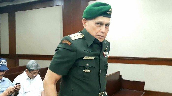 Kivlan Zen Pakai Seragam TNI saat Hadiri Sidang untuk Sindir Wiranto: Semua Pejabat Merekayasa