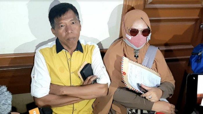 Kiwil bersama Rohimah saat ditemui di Pengadilan Agama Jakarta Selatan, Rabu (20/1/2021).