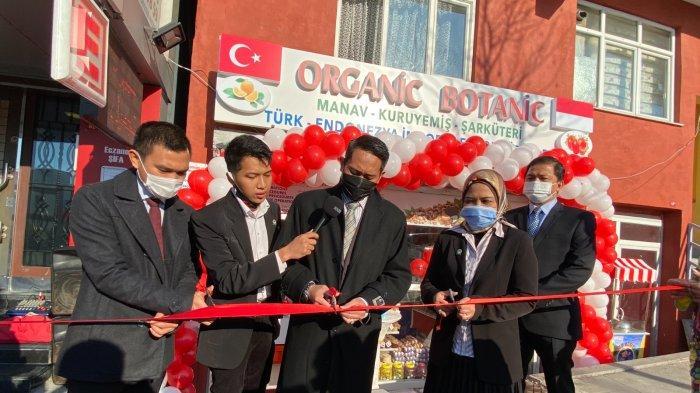 KJRI Istanbul Resmikan Kantor Komunitas Eksportir Muda Indonesia dan Toko Produk Indonesia di Turki