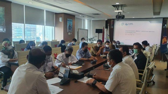 Bahas Tindak Lanjut Penanganan Tumpahan Minyak di Karawang, KKP Panggil Pertamina