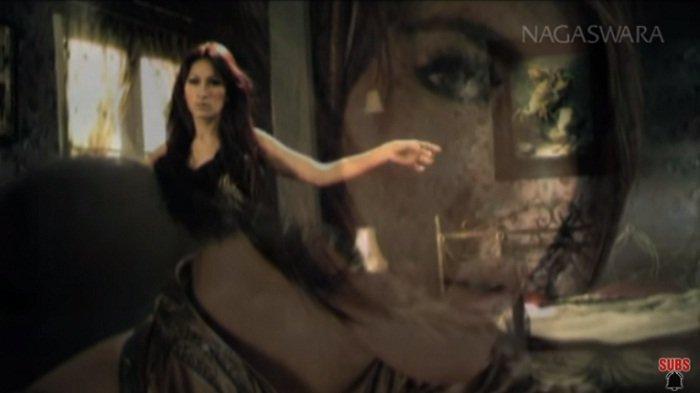 Download Lagu Satu Satunya Cinta MP3 - Mahadewi, Lengkap Chord Gitar dan Video Klip