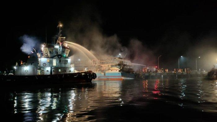 KSOP Sorong Pastikan Tidak Ada Korban JIwa dalam Insiden Terbakarnya KM Fajar Baru 8
