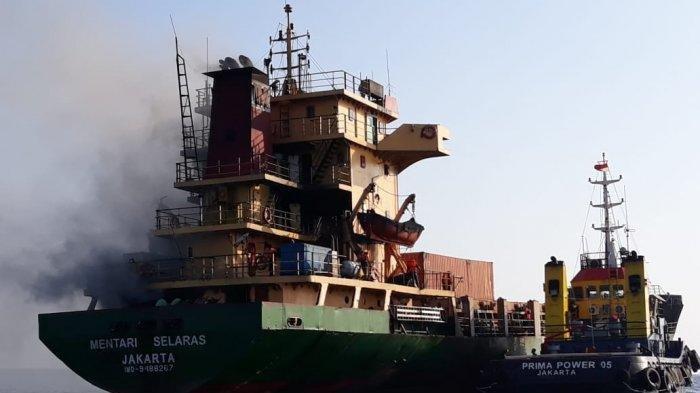 KM Mentari Selaras Terbakar di Perairan Sumba, Penyebabnya Belum Diketahui