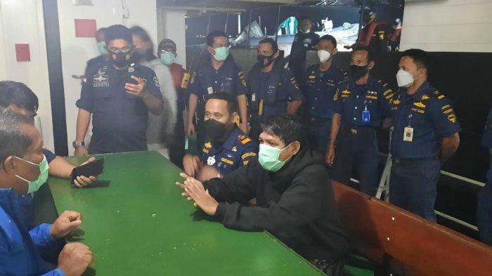 Informasi VTS Batam Selamatkan Tiga Penumpang Kapal Boat yang Tenggelam di Pulau Putri
