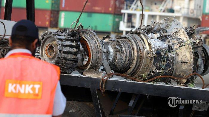 KNKT: Data FDR Sudah Diunduh, Berisi Catatan 69 Jam Penerbangan