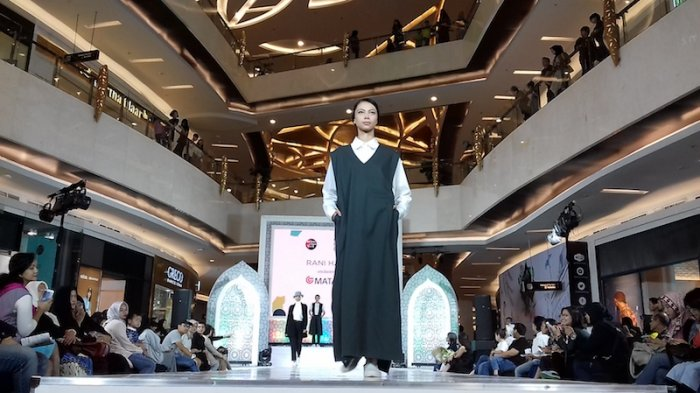 Rani Hatta Pamer Modest Wear yang Bisa Dipakai Wanita Tak Berhijab