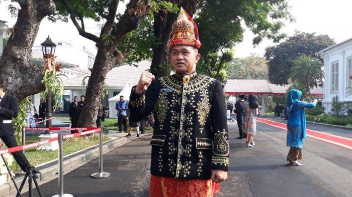 Beda Gaya Komandan Paspampres vs Ajudan Jokowi di HUT ke-74 RI