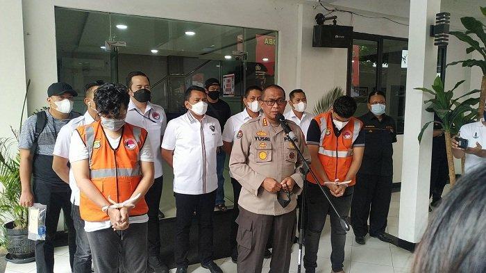 Kabid Humas Polda Metro Jaya Kombes Pol Yusri Yunus saat merilis kasus Narkoba Selebgram Abdul Kadir di Mapolda Metro Jaya, Senin (1/2/2021).