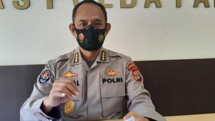 Kabid Humas Polda Papua Kombes Polisi Ahmad Musthofa Kamal - Polda Papua memberikan keterangan mengenai kasus penggelapan yang dilakukan mantan bupati Keerom