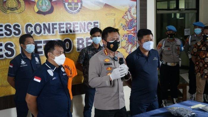 Kapolres Metro Bekasi Kota Kombes Polisi Hendra Gunawan di Mapolres, Jalan Ki Hajar Dewantara, Cikarang Utara, Bekasi, Kamis (4/2/2021). (Istimewa)