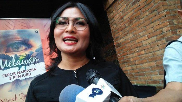 Kasat Reserse Narkoba Polres Metro Jakarta Selatan Komisaris Polisi Vivick Tjangkung saat peluncuran buku berjudul