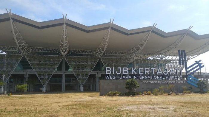 Jokowi Minta PT DI dan PT Pindad Dipindahkan ke Kawasan Kertajati