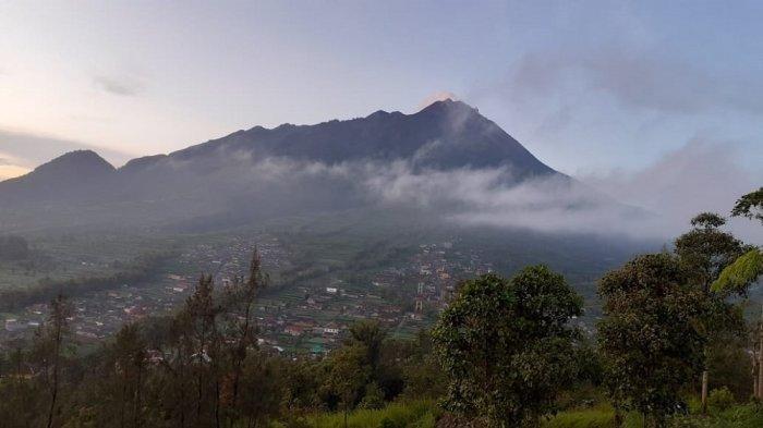 UPDATE Aktivitas Gunung Merapi: Penggembungan Tubuh Merapi 21 Cm Per Hari, 15 Kali Guguran